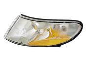 Saab Turn Signal Light Assembly - Valeo 4240354